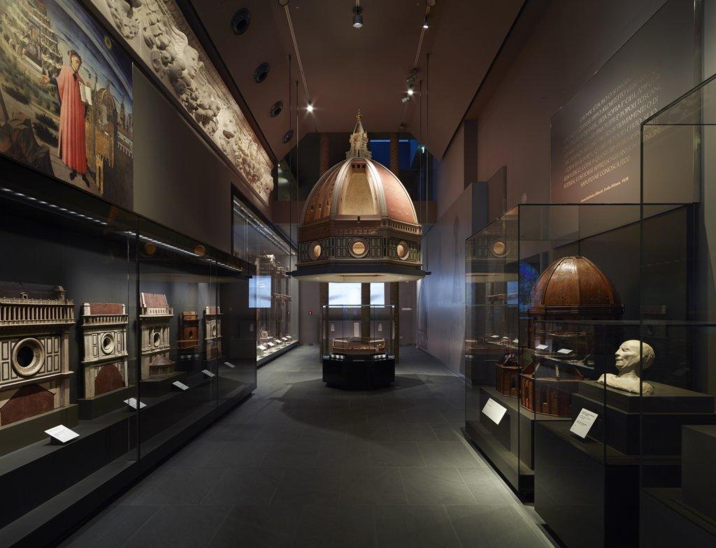 Una delle sale del Museo del Duomo di Firenze - la sala del Duomo