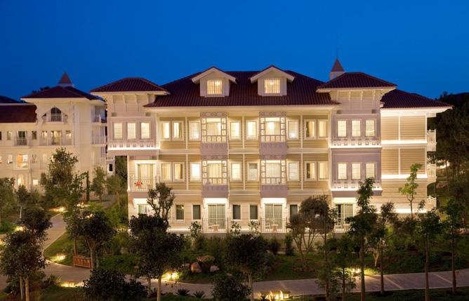Illuminazione della facciata del Resort 5 stelle ALi Bey ad Antalya in Turchia