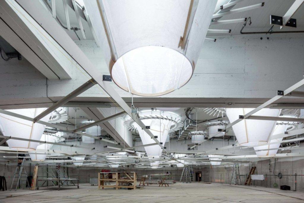 Il sistema di illuminazione naturale e artificiale integrato per l'ufficio del parlamento di banden wuttenberg