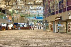 Digital Signage negli aeroporti: applicazioni ed esempi