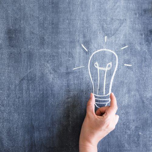 Conto Termico: immagine di una lampadina disegnata