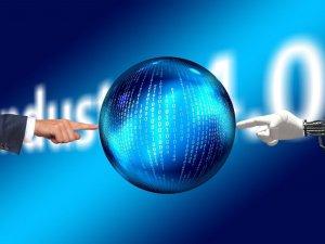 Gestire in sicurezza le città digitali: tecnologie AI vs diritti umani