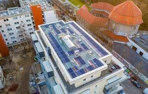 Fotovoltaico nella PA: la transizione passa da Comuni e comunità energetiche